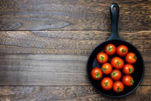 【サタプラ】バタコライスの作り方・リュウジのレシピ(ダイソーのスキレット鍋使用)